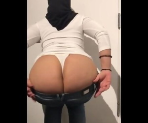 Hijab Teen Big Ass