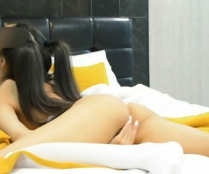 Perfect Teen Gets her Tight..